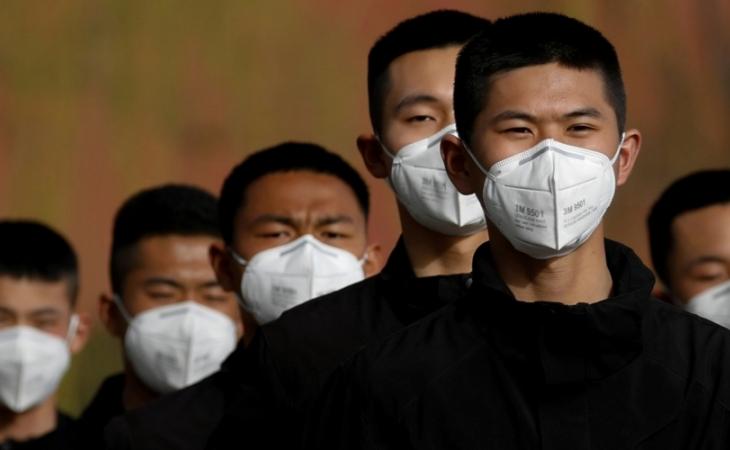 Dünyada koronavirus infeksiyasına yoluxanların sayı 9 milyon nəfəri ötüb
