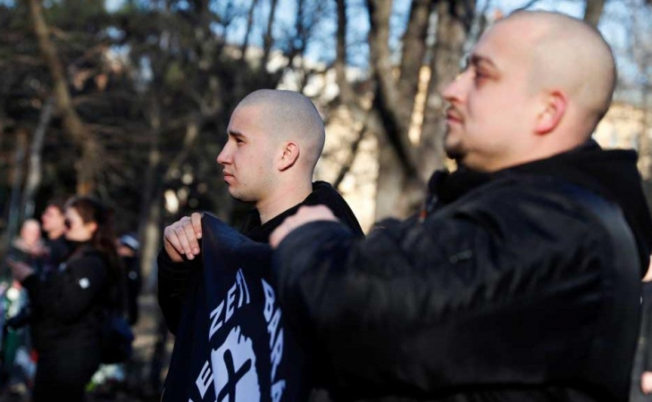 Berlində neo-nasistlər Holokost qurbanlarının xatirəsinə təşkil olunan aksiyanı dayandırdılar