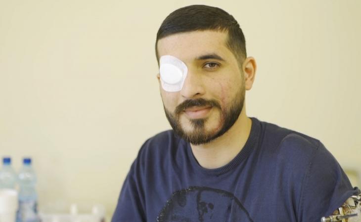 Vətən müharibəsi iştirakçısı, qazimiz Arif Hacıyevin görmə qabiliyyəti bərpa edilib