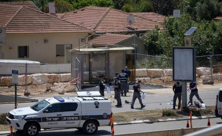 19 yaşlı Fələstinli Kfar Saba'ya hücum etdi