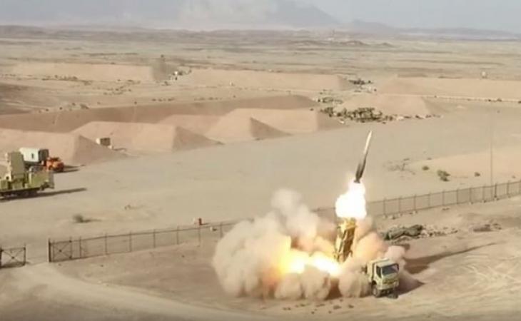 İran ordusunun sualtı gəmiləri -yeni raketlə təchiz olunacaq